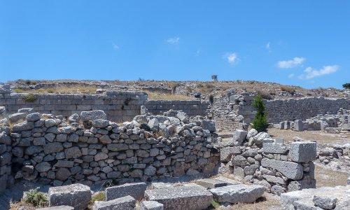 Visiting Ancient Thera in Santorini – Greece