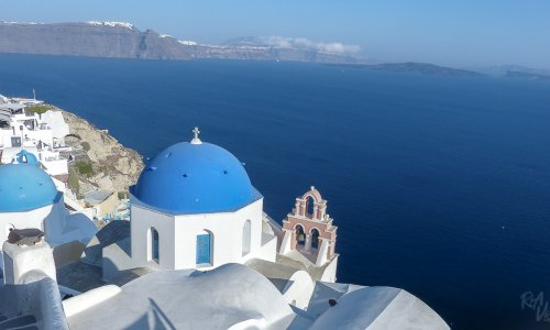 15 views to tempt you to Santorini