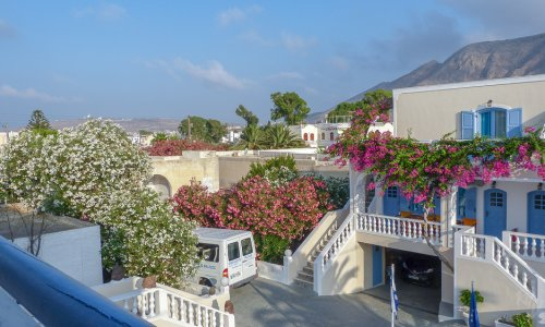 A review of Stelios Place – Santorini